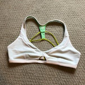 Lululemon Water Surf to Sand Sport Top White Sz 8